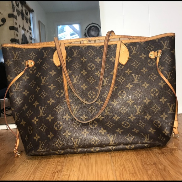 Louis Vuitton Handbags - Louis Vuitton large bag (Real designer bag) f6094e392fdb5